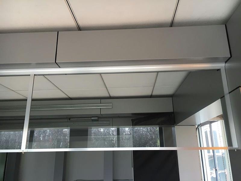 固定刚性挡烟垂壁(透明玻璃)