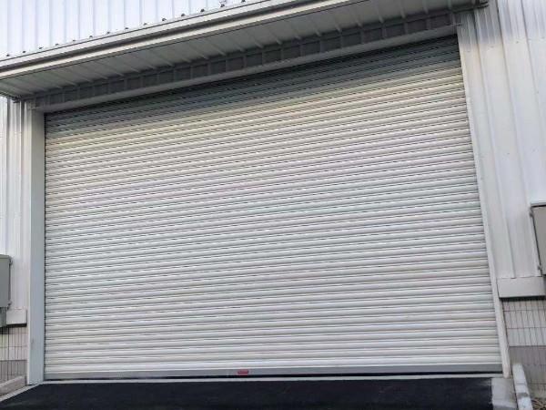 防风电动卷帘门