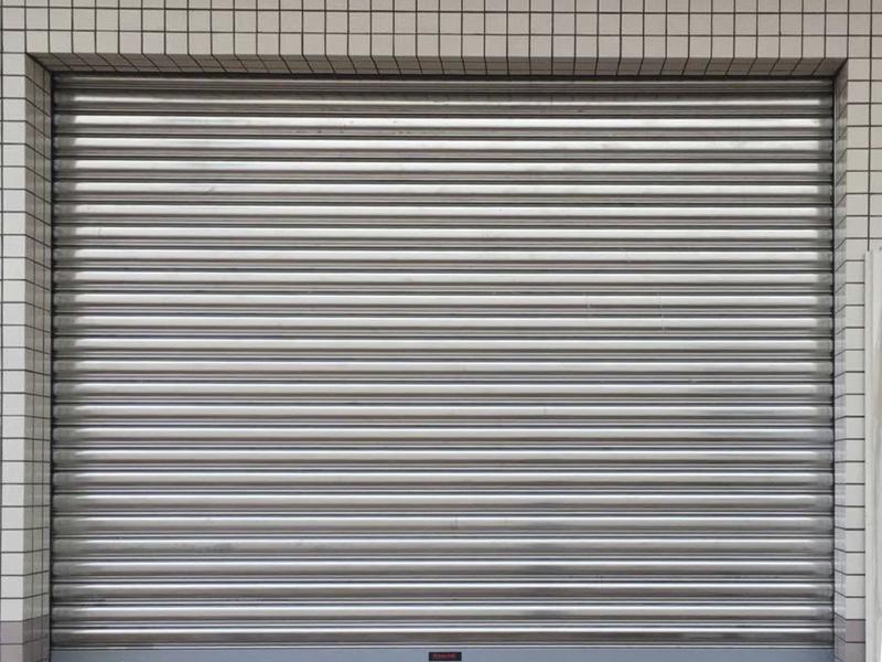 新恒邦不锈钢防风卷帘门